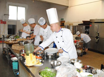易胜博app苹果下载市2011年中式烹调技师考试现场实作